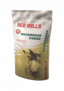 RED MILLS Racehorse Cubes